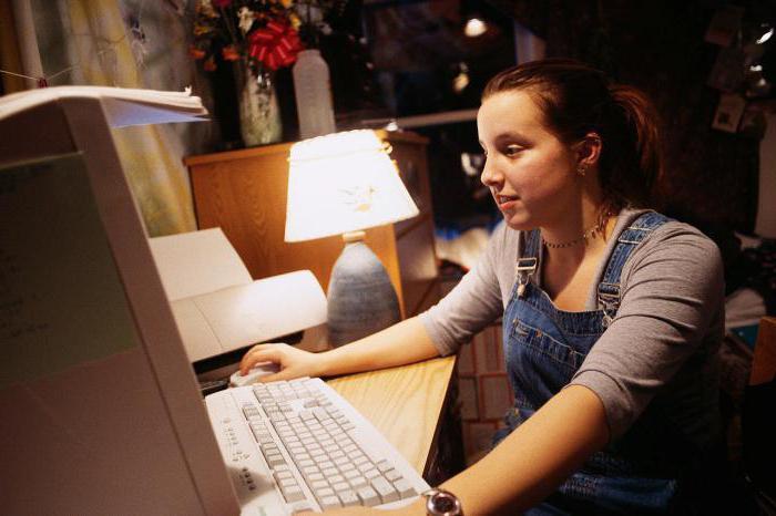 užsidirbti pinigų jaunoms motinoms internete