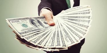 kaip ilgai užsidirbti didelių pinigų