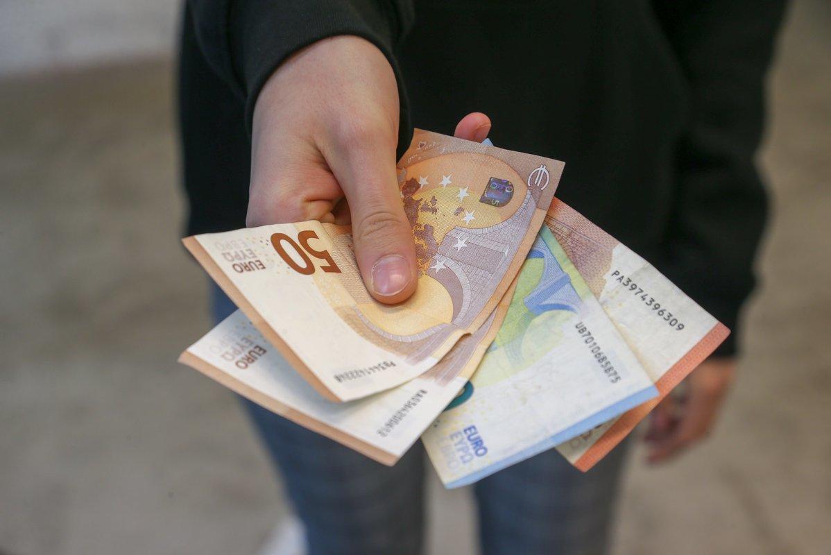 Nausėda pateikė savo pasiūlymus skurdui mažinti: palies ne tik dirbančiuosius, bet ir pensininkus
