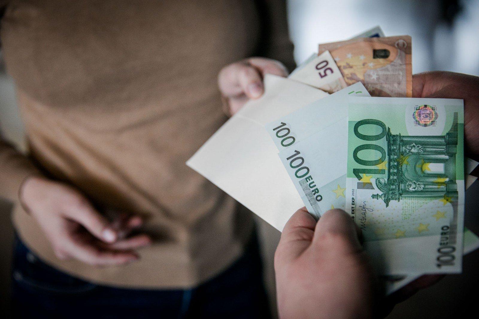 Kur internete uždirbami tikri dideli pinigai. 15 keisčiausių būdų, kaip uždirbami pinigai internete