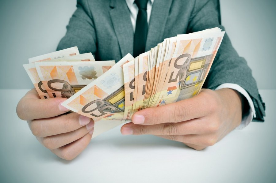 papildoma galimybė užsidirbti pinigų