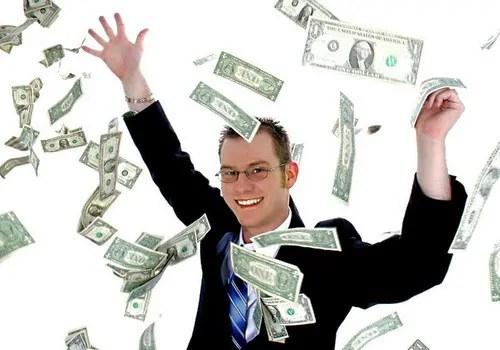 užsidirbkite pinigų internetu į pagrindinį krepšį