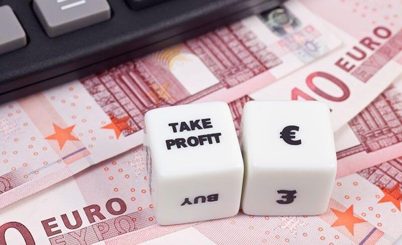užsidirbti pinigų darbo biržoje kaip deklaruoti pinigus iš interneto pajamų